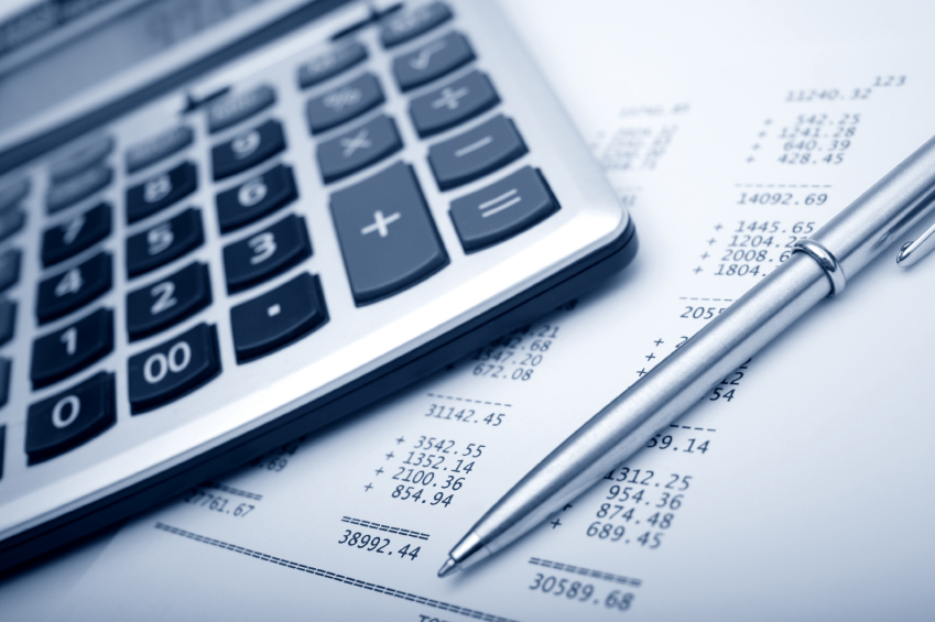 Q: What are a HOA property manager's fiscal management duties?