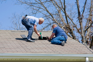 There are great dangers that come along with hiring unlicensed contractors